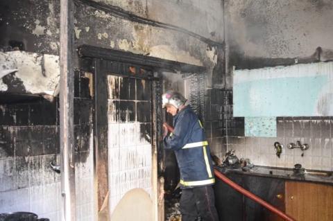 ArgolidaPortal.gr Φωτιά σε σπίτι στο Άργος