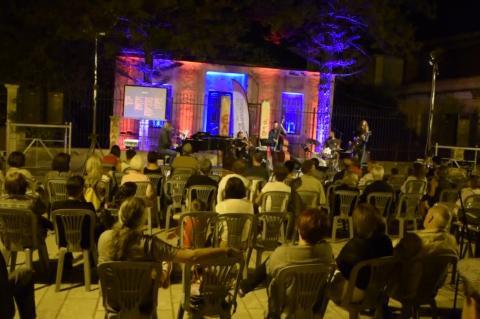 ArgolidaPortal.gr Ναύπλιο- Ποίηση του Νίκου Καρούζου μελοποιημένη από Μιχάλη Πρεπόνη