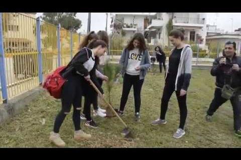 ArgolidaPortal.gr Νέα Κίος-Δενδροφύτευση στο Γυμνάσιο-Παγκόσμια ημέρα Δασοπονίας-ΚΠΕ