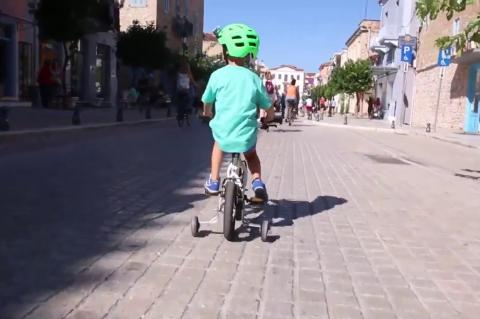 ArgolidaPortal.gr Ποδηλατάδα στο ιστορικό κέντρο του Ναυπλίου