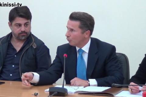 ArgolidaPortal.gr Ναύπλιο-Η αντιπολίτευση ανάγκασε τον Κωστούρο να αποσύρει θέμα από το ΔΣ
