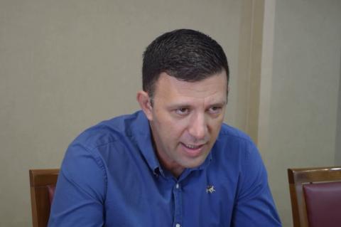 ArgolidaPortal.gr Άργος - ο αντιδήμαρχος Θοδωρής Οικονόμου για το ζήτημα της μεταφοράς των μαθητών