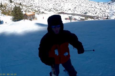 Skiing at Mainalo mountain greece 2018 Happy New Year (cam ski mount) -sjcam 4k believer