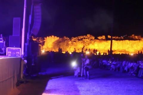 ArgolidaPortal.gr Συναυλία της Αρβανιτάκη στην Αρχαία Τίρυνθα
