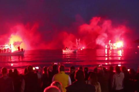 ArgolidaPortal.gr Αργολίδα- Έκαψαν τον Ιούδα στη Θάλασσα  στο Τολό
