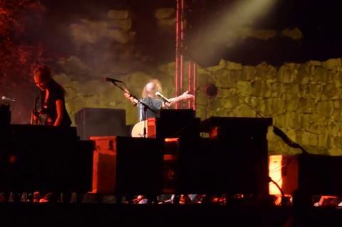 ArgolidaPortal.gr Συναυλία του Βασίλη Παπακωνσταντίνου στην Αρχαία Τίρυνθα