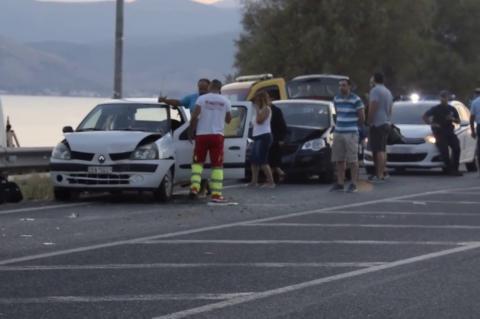 ArgolidaPortal.gr Ναύπλιο - Καραμπόλα τεσσάρων αυτοκινήτων στην παραλιακή Νέας Κίου-Ναυπλίου