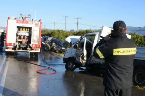 ArgolidaPortal.gr'Αργος: Σύγκρουση ΙΧ με ημιφορτηγό - Στο νοσοκομείο ένα άτομο μετά από απεγκλωβισμό