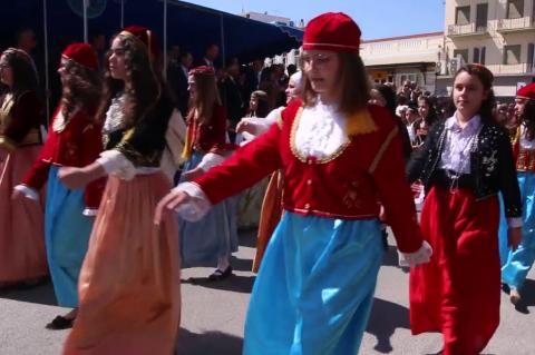 ArgolidaPortal.gr Άργος - Παρέλαση για τον εορτασμό της εθνικής επετείου της 25ης Μαρτίου