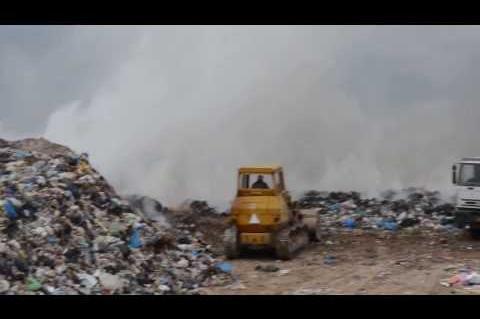 ArgolidaPortal.gr ΝΑΥΠΛΙΟ-Πυρκαγιά στην παράνομη χωματερή της Καραθώνας